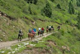 Horse riding to Arslanbob